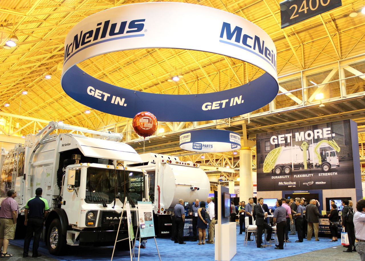 McNeilus Showcases Upgrades to Front & Side Load Refuse