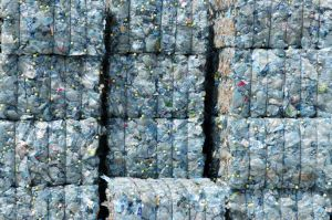 DGrade, plastic, bottles, recycling, UAE, yarn, textiles