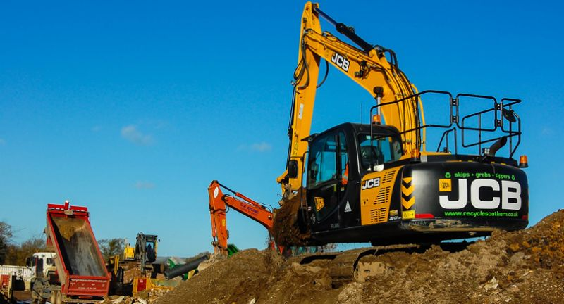 JCB JS131, excavator, recycling, waste