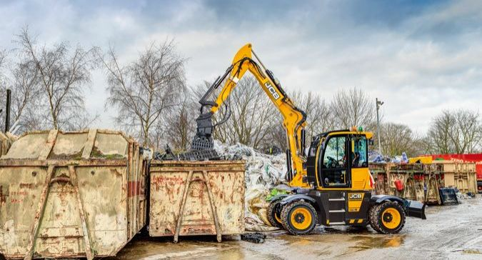 JCB, Hydradig, waste, recycling, wastemaster, pvc, RE-KKUR