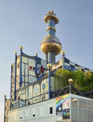 Hundertwasser, M?llverbrennungsanlage, M?llverbrennung, Europa, Hochformat, vertikal