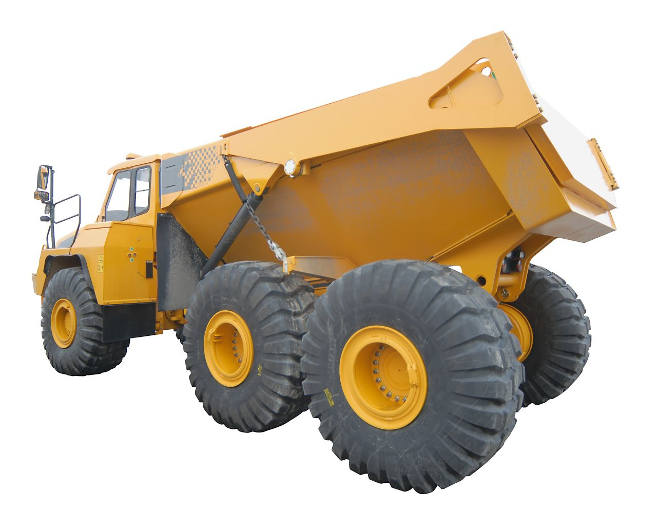 Agricultural & Mining Tyres to be Recycled into Diesel & Carbon in