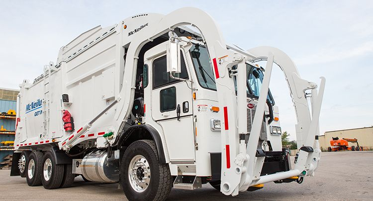 McNeilus Truck & Manufacturing, Boughton Energineering, refuse collection vehicle, garbage truck